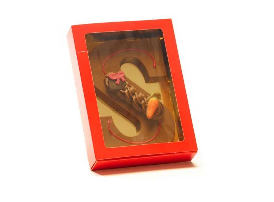 Chocoladeletter S met decoratie 220 gram